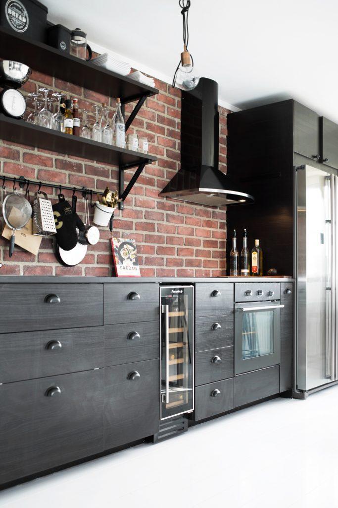 Cocinas negras y elegantes en granada