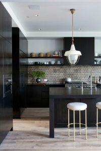 cocinas negras elegancia y diseño